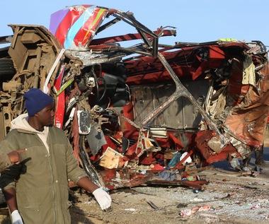 Tragiczny wypadek autobusu w Kenii. Co najmniej 36 osób zginęło