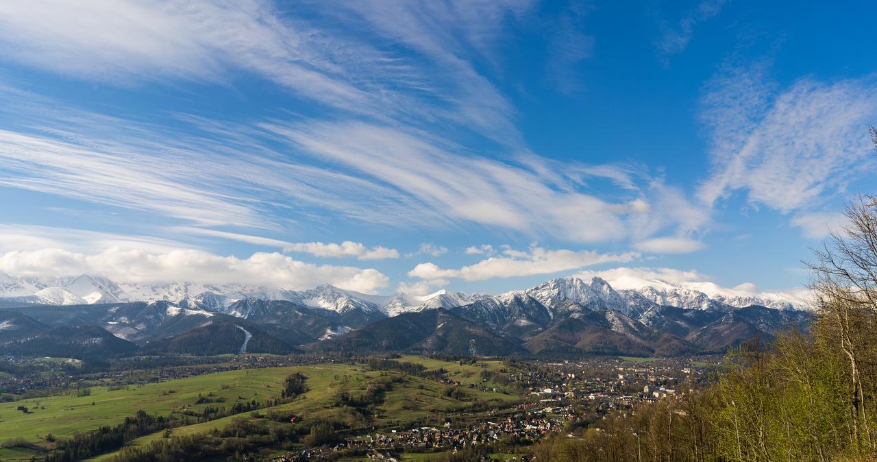 Tatry: Turyści wrócili na szlaki. Akcja TOPR pod Szpiglasową Przełęczą